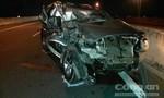 Fortuner tông đuôi xe tải trên cao tốc, 5 người thoát chết