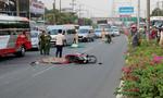 Người đàn ông bị xe tải cán chết trong làn ô tô
