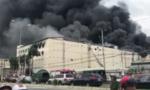 Hơn 100 cảnh sát PCCC nỗ lực dập lửa tại công ty may mặc