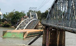 Truy tố chủ và lái tàu trong vụ sà lan tông sập cầu Ghềnh
