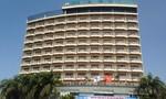 Nam thanh niên nhảy lầu khách sạn 4 sao tự tử