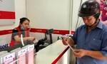 Sao cấm bán dạo vé số hợp pháp