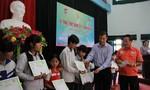 Đồng hành cùng 'Học bổng STF - Phạm Phú Thứ' tại tỉnh Thái Nguyên và Nghệ An