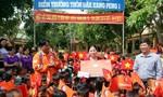 Đoàn đua trao tặng 100 triệu đồng cho trường tiểu học vùng sâu Đắk Tô