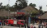 Bà hỏa thiêu rụi 2 khu nhà hàng tại biển Sầm Sơn