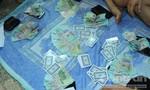 Bắt quả tang 20 đối tượng đánh bạc trong cao ốc