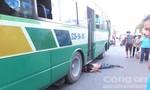 Lơ xe buýt bị cán chết thương tâm