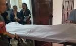 Người đàn ông bị chém chết khi chở con gái đi trên đường