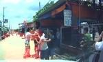 Một bảo vệ dân phố bị đánh nhập viện sau va quẹt giao thông