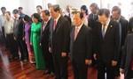 Chủ tịch nước Trần Đại Quang dâng hương, dâng hoa tại Bảo tàng Hồ Chí Minh