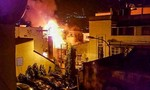 Cháy nhà tại trung tâm Sài Gòn, nhiều người hốt hoảng