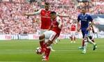 Clip: Xem lại bàn thắng tranh cãi của Sanchez ở chung kết FA Cup