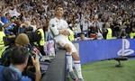 Ronaldo lại lập hat-trick, Real rộng cửa vào chung kết