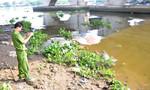 Thi thể người đàn ông nổi lềnh bềnh trên sông Sài Gòn