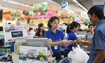 Đi siêu thị Co.opmart mua sữa xanh, mỹ phẩm xanh giảm giá
