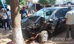 Xe 7 chỗ gây tai nạn liên hoàn, 2 người bị thương nặng