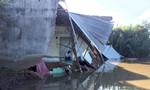 5 căn nhà ở Sài Gòn bị cuốn xuống sông lúc nửa đêm