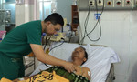 Sốc điện 5 lần cứu sống bệnh nhân ngưng tim ngưng thở