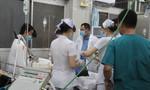Bác sĩ can thiệp kịp thời cứu sống thanh niên bị đâm 8 nhát vào ngực, thủng tim