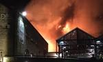 Lại cháy lớn ở London, hàng chục lính cứu hỏa được huy động