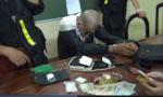Bắt đối tượng vận chuyển 1.032 viên nén và 2 bọc ni-lông nghi ma túy