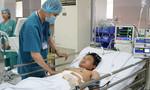 TP.HCM: 10 bác sĩ giành lại sự sống cho thanh niên bị vỡ gan lúc nửa đêm