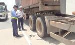 Lốp container phát nổ 'thổi bay' nam tài xế