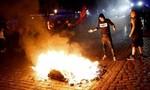 Ẩu đả kinh hoàng trước thềm G20, nhiều cảnh sát bị thương