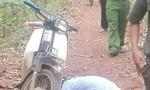 Nam thanh niên gục chết bên xe máy trong rừng tràm