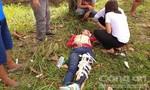 Hai thanh niên cướp giật giỏ xách, đạp nữ công nhân ngã gãy chân