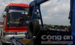 Xe Phương Trang tông đuôi xe khách trên cao tốc