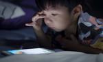 Trẻ co giật vì chơi điện thoại, iPad quá nhiều: Bác sĩ chuyên khoa thần kinh nói gì?