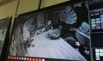 Hai người bị 'giam lỏng' trong thang máy phải nhập viện cấp cứu
