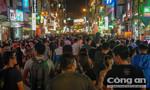 Hàng ngàn người đến Phố đi bộ Bùi Viện trong ngày ra mắt
