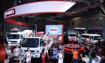 [VMS 2017] FUSO 'đổ bộ' xe tải hạng nặng