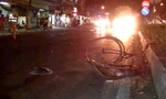 Thiếu niên lái mô tô tông gãy chân phụ nữ dẫn xe đạp qua đường