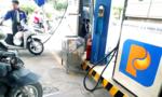 Đổ xăng bằng cách quẹt thẻ ATM, người dân vẫn chưa mặn mà?