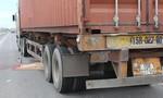 Va chạm xe container, một người đi xe máy tử vong
