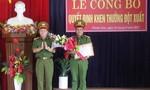 Khen thưởng cho tập thể công an huyện Phước Sơn