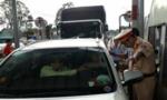 Nhiều tài xế dùng tiền lẻ mua vé, BOT Biên Hoà xả trạm