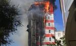 Hỏa hoạn thiêu trụi khách sạn 10 tầng ở Nga khiến 2 người chết