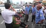 Tài xế có biểu hiện say rượu bỏ mặc nạn nhân sau tai nạn
