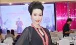 Á hậu Trịnh Kim Chi đẹp không tỳ vết ở tuổi 46