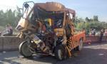 Xe cứu hộ tông đuôi container ở cầu Phú Mỹ, 3 người tử vong