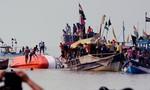 Ấn Độ: Tàu chở 40  học sinh lật gần bờ biển