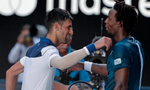 Djokovic giành chiến thắng trong trận đấu 'bào sức' với Monfils
