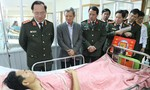Lãnh đạo Bộ Công an thăm CSGT bị thương sau tai nạn