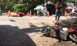 Xe Lexus tông bay sạp thịt heo, hất tung nhiều xe máy, 3 người trọng thương