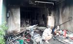 Cháy nhà, nhiều người đập cửa kêu cứu