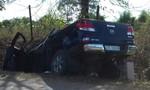 Xe bán tải đi đám cưới mất lái, 1 người chết, 4 người nguy kịch